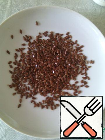 I love Flaxseed in salads! Taste, use sea -. good seeds!