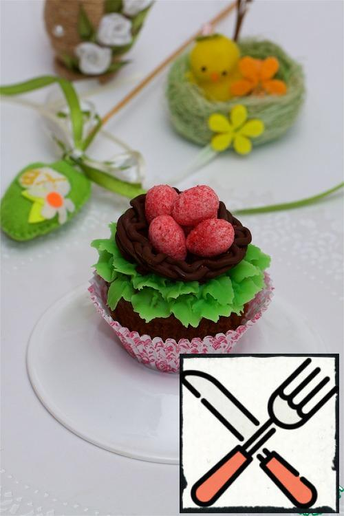 Chocolate nests with sweet eggs can be decorated not only cakes, but also cakes!