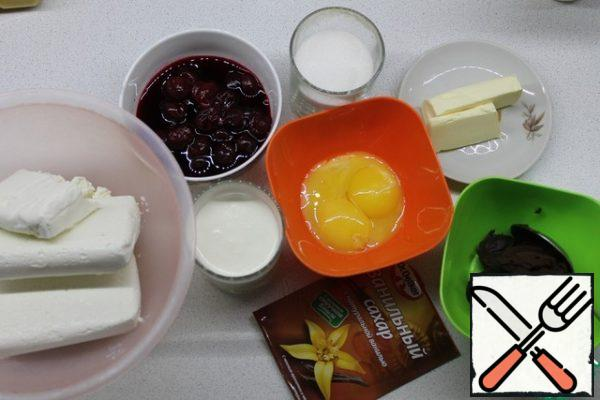 Let's prepare Easter cake. Here is virtually the entire set of products that we will need. The cherries need to remove the stones, and cream to remove while in the fridge.