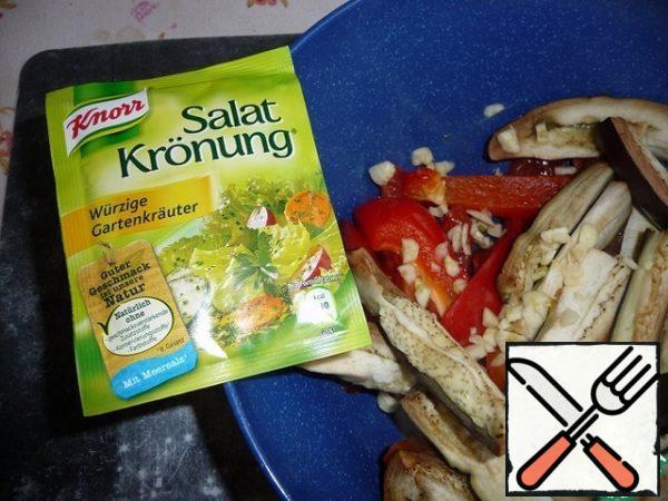 Add vegetable dressing, garlic.