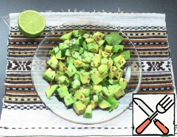 Salad with Avocado and Soy Sauce Recipe
