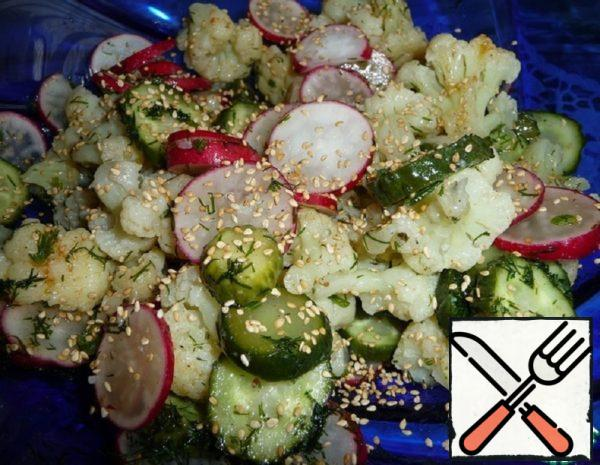 Salad with Cauliflower and Radish Recipe