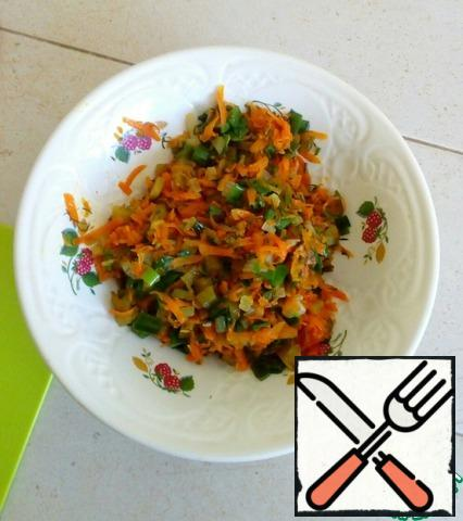 Spread the vegetable mixture and let it cool.