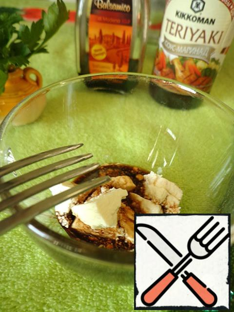 For refueling mix a little cheese (I have feta), soy sauce, balsamic vinegar. Mash with a fork.