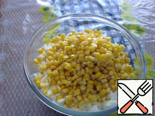 With corn drain the liquid and add to the salad (instead of corn, you can use canned beans).
