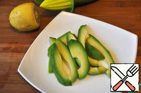 Sprinkle the chopped avocado with lemon juice to prevent oxidation (darkening).