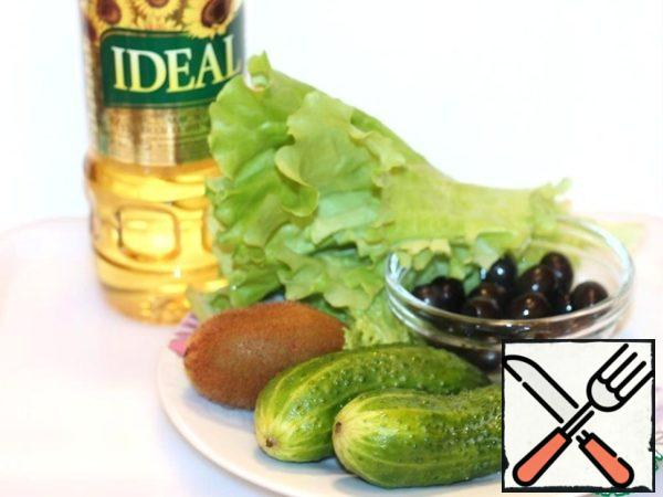 Ingredients for the salad.