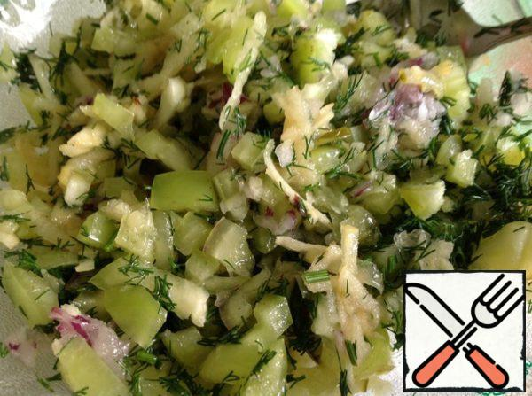 Add salt and pepper to taste, add butter and sugar. Finely chop the dill and mix everything.