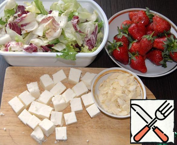 Here are all our ingredients for the salad base.