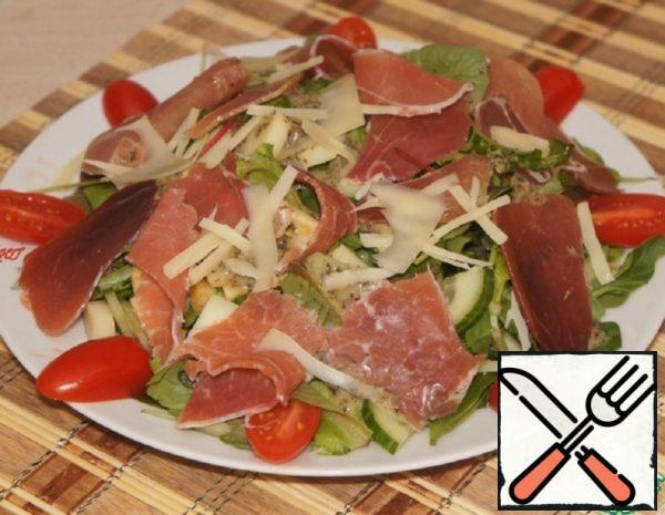 Light Salad with Prosciutto Recipe