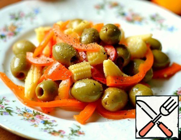 Salad with Corn, Olives and Pepper Recipe
