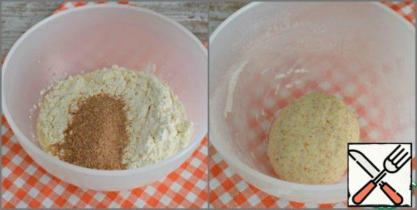 """Sift flour, mix with bran and salt. Pour warm water into the flour, knead the dough. The dough is soft, tender, plastic. It does not stick to the hands and work surface. (here is for that I love dough with adding bran) If not you eat bran, then simply replace their on 15 grams flour. The finished dough is put in a bowl, cover with a lid and leave to """"rest"""" for 10-15 minutes, while preparing the filling."""