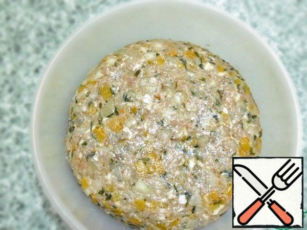 Add a couple of tablespoons of cold water, mix well. Try, the mass should be saltier than you like. Salt will go into the stuffing. COOL. Now mix with minced meat. Knead well.