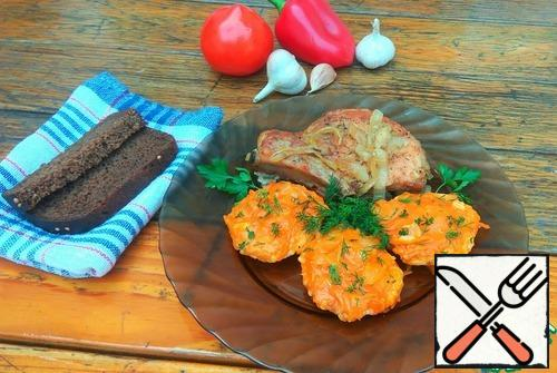 I served meatballs with baked pork loin on the bone. Very tasty combination)