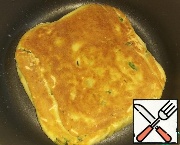 Turn over after 10 minutes, when the bottom side is browned.