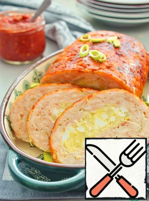 Ready roll, remove from the oven, cover with foil and let it stand for 15-20 minutes. Then cut into pieces and serve.