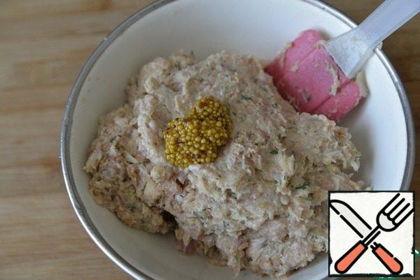 Add the minced mustard with grains, it is not necessary to punch in the combine, as the grains will be crushed. Stir.