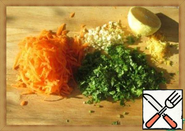 Cut the cabbage and pepper into thin strips, put it in a bowl, sprinkle with salt and lightly RUB it with your hands. Grate the carrots, chop the garlic and coriander, remove the zest from the whole lemon with a grater and squeeze the juice from half a lemon.