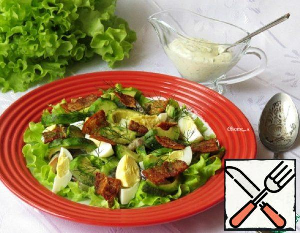 Salad with smoked Fish and Avocado Recipe