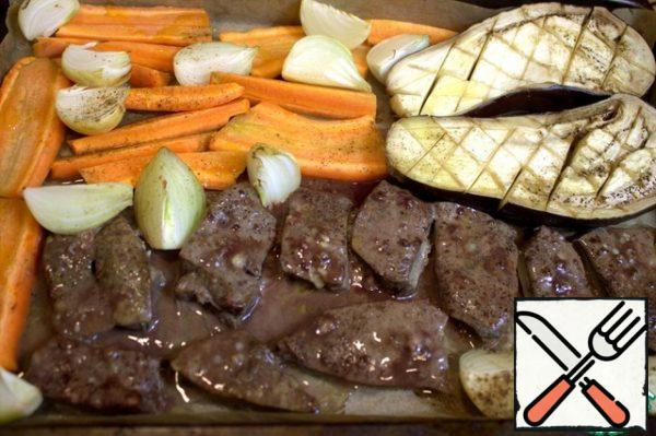 In the process of baking, I turned the liver slices over.