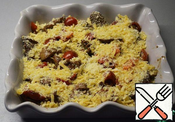 Sprinkle the liver with grated cheese. Bake in the oven at 180 degrees until the cheese is browned. (10-15 minutes)