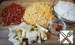 Cut the butter into cubes. Chop the chorizo very fine. Grate the cheese on a coarse grater.