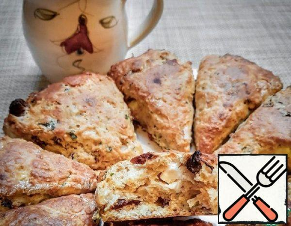 Scones with Feta and Sun-Dried Tomatoes Recipe