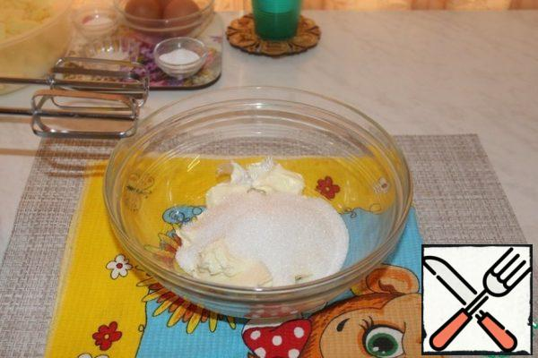 Beat the soft butter with sugar and vanilla sugar.