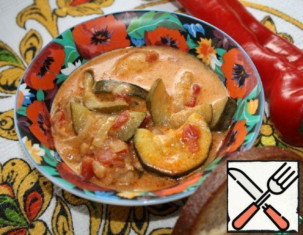 Zucchini and Chicken Paprikash Recipe