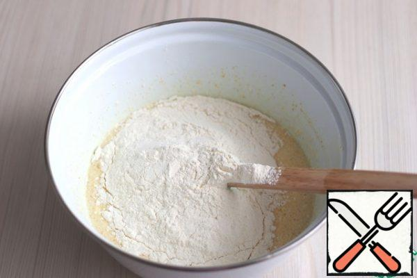 Then add the total amount of flour (160 gr.)