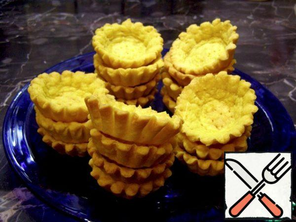 Bake at T=180 – 190*C until ready, about 20 minutes, but focus on your oven. Let the tartlets cool, and then you can easily remove them by turning the mold over.