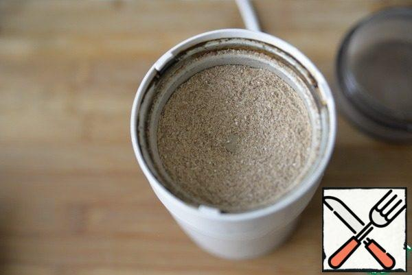 If you have ready-made buckwheat flour, then take it. I was grinding grits in a coffee grinder.