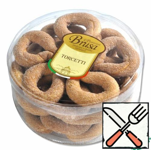 """""""Torcetti"""" is a sugar cookie with butter, common for the region of Piedmont in Italy and included in the list of traditional Italian food products."""