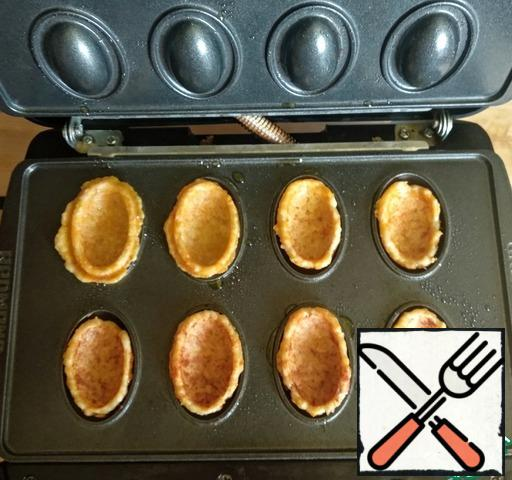 """Cook for about 3 minutes each batch. I got 24 chicken """"shells""""."""