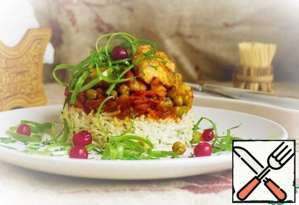 For a beautiful serving, use the cooking ring to spread the rice on a plate. Tamp it well, otherwise it will crumble.