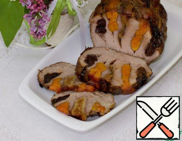 Meat Accordion with Dried Fruits Recipe
