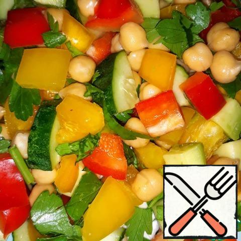 After cooking the chickpeas, mix all the ingredients. You can add salt, favorite spices, sunflower oil (as you like it). Delicious, healthy, not boring and nutritious dish is ready.