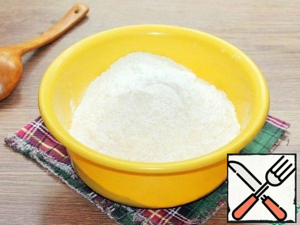 Mix two types of flour and sift. Add salt and mix.