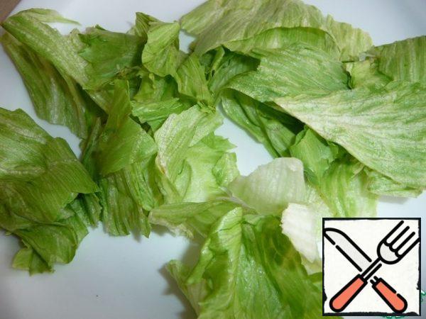 Pick a lettuce leaf.