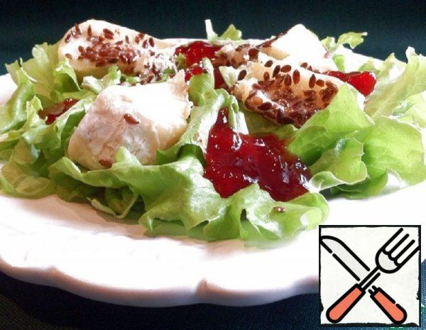 Green Salad with Camembert and Lingonberry Sauce Recipe