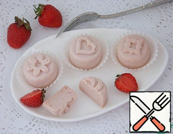 Strawberry Burfi Recipe