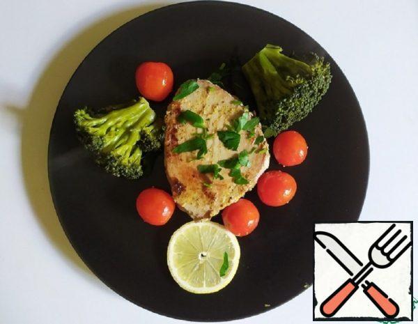 Tuna Steak with Mustard and Thyme Recipe