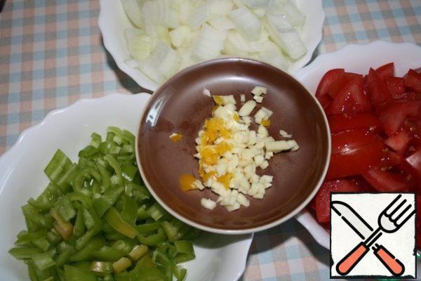 Cut vegetables.