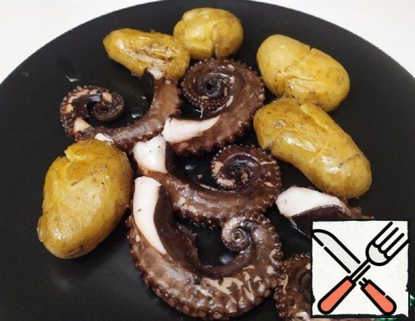 Octopus in Oil in Portuguese Recipe