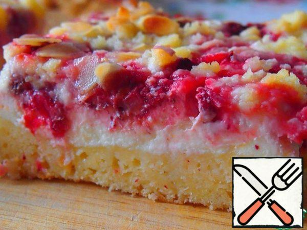 Bake in a preheated oven at 180 degrees for about 35-40 minutes. Like all cottage cheese pies, it tastes better chilled.