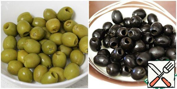 Drain the brine from the olives and let them dry a little (you can blot them with a paper towel).