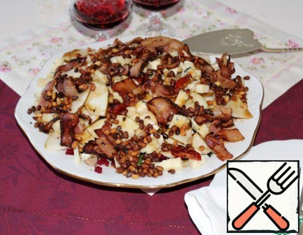 Salad with Pear, Chicken and Cheese Recipe