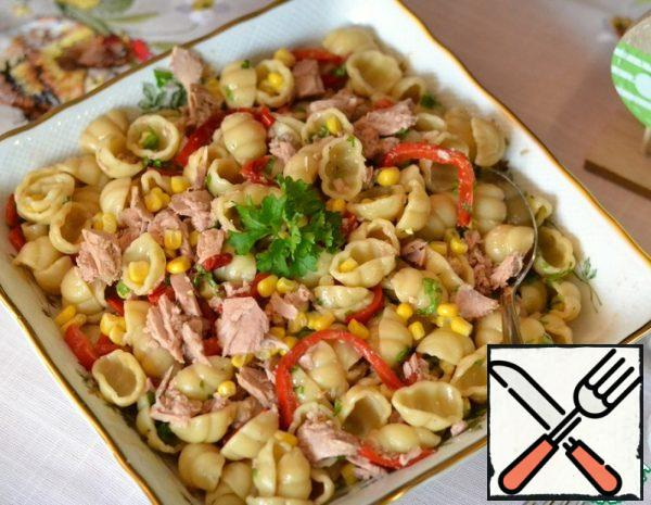 Salad with Noodles and Tuna Recipe