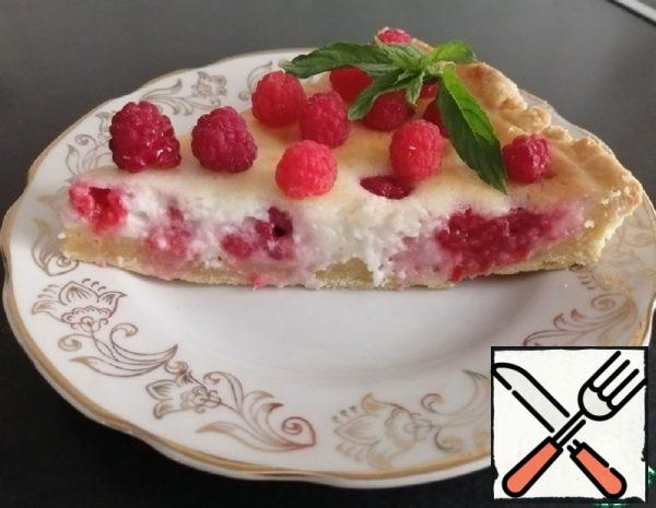 Raspberry Pie with Sour Cream Filling Recipe