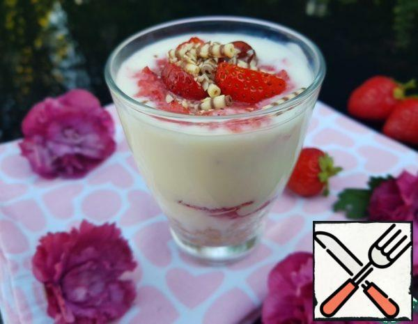 Dessert with Strawberries in a Glass Recipe
